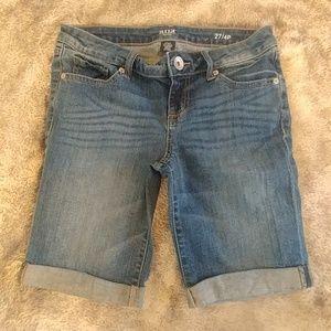 A.N.A. Bermuda shorts